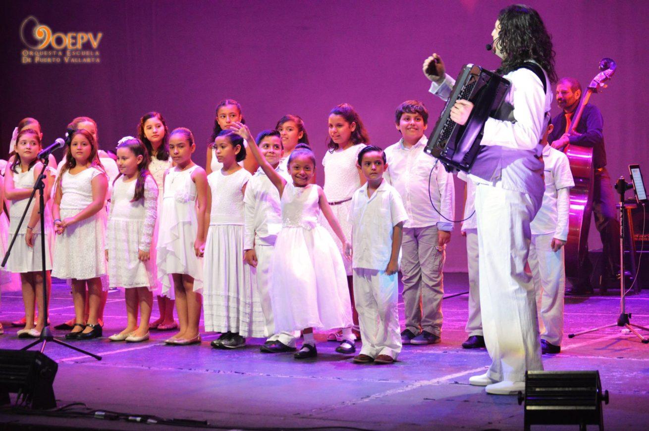 Coro OEPV Orquesta Escuela de Puerto Vallarta Marco Lo Russo