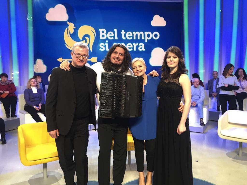 Giulio Vinci Marco Lo Russo Lucia Ascione Martina Mannozzi Bel Tempo si Spera Tv2000