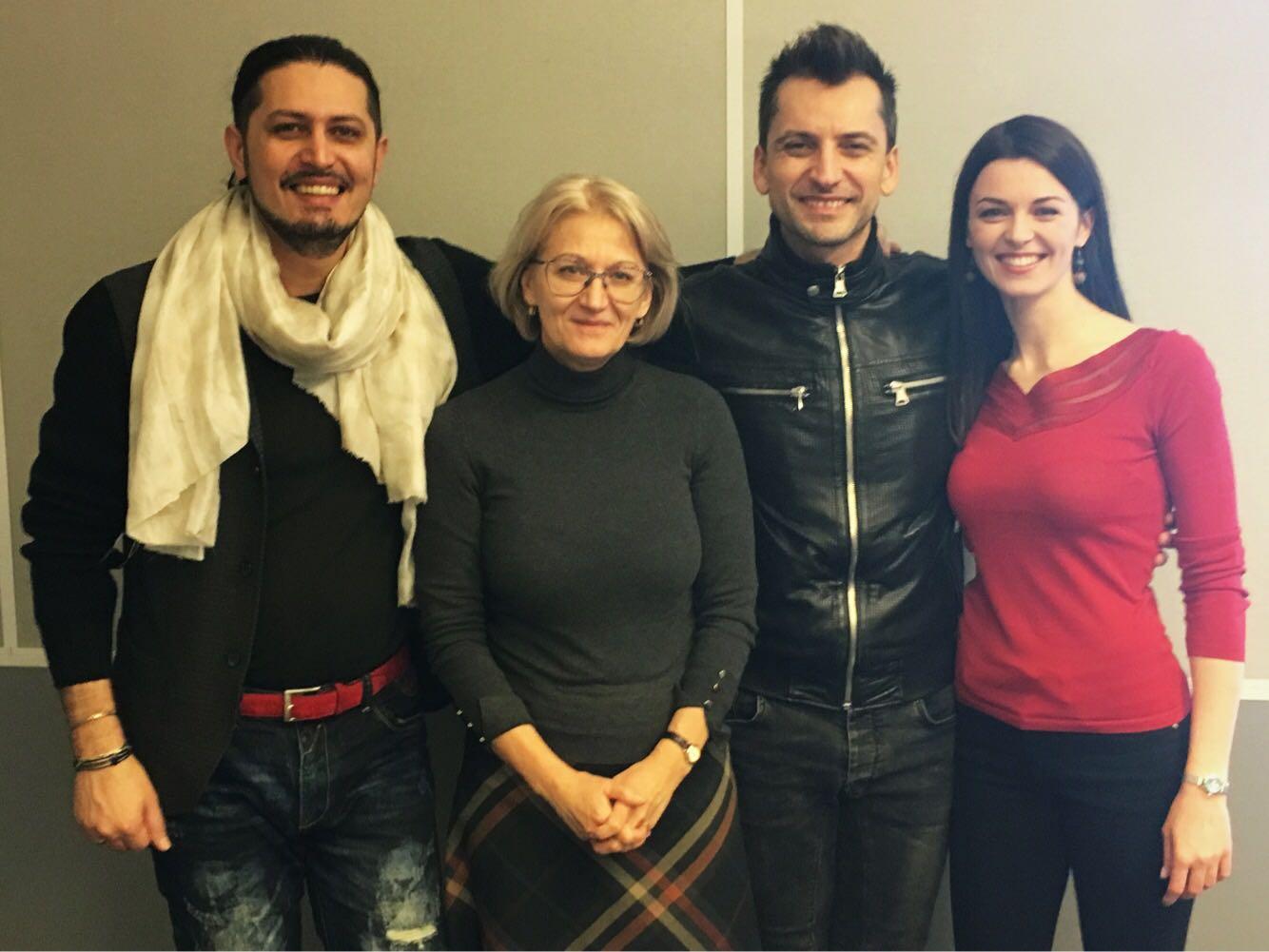 Marco Lo Russo aka Rouge Alanas e presentatrici radiofoniche di RADIO LRT LITUANIA