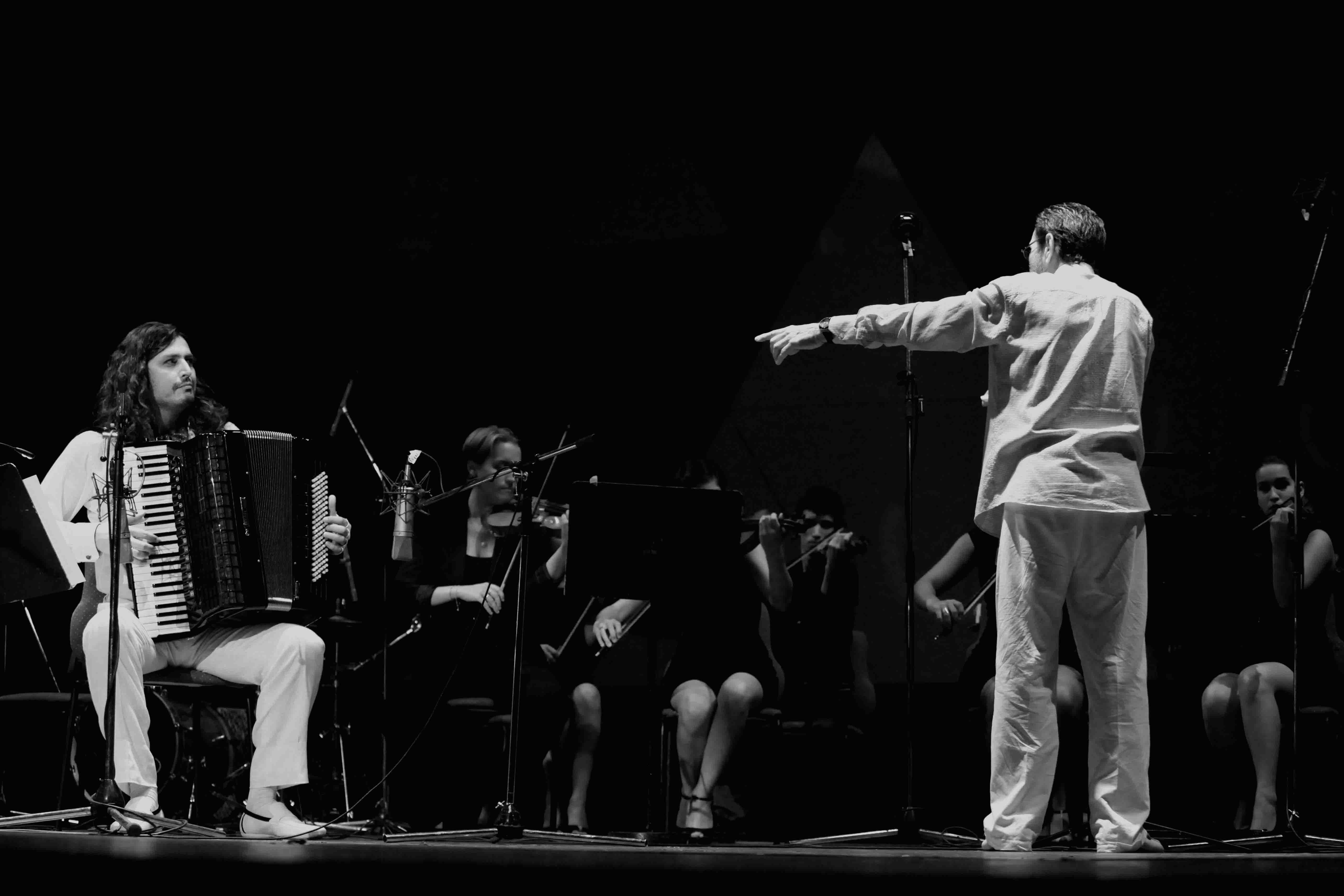 Marco Lo Russo Leo Brouwer Orchestra de La Havana foto by GG Bianchini